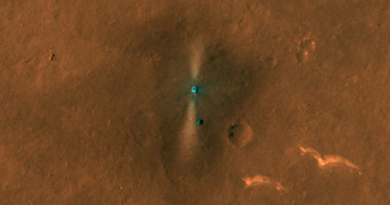 NASA's Mars Orbit captures the first dramatic view of a Chinese rover