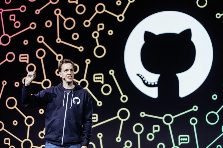 GitHub и OpenAI запустили Copilot — ИИ-инструмент для автозаполнения фрагменов кода на базе нейросетевой модели OpenAI Codex