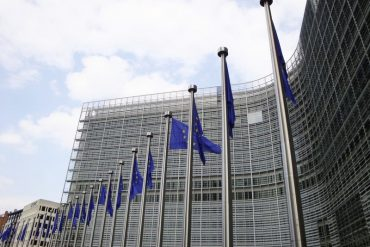 MEPs want to better protect farmers