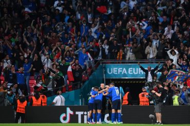 The French and Spanish will delight Italy against England