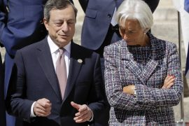 The drag line in the central banks is taught in Europe and the USA