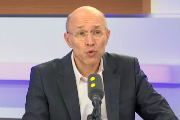 """""""This is a completely revolutionary deal,"""" defends economist Christian Chavagnox"""