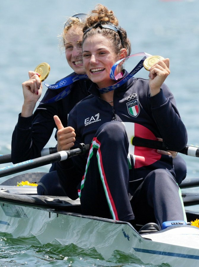 Rowing Gold-2