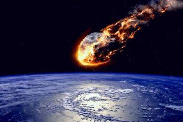 सावधानः आसमान से आ रही है सबसे बड़ी आफत, नासा के वैज्ञानिकों ने बताया बेहद खतरनाक