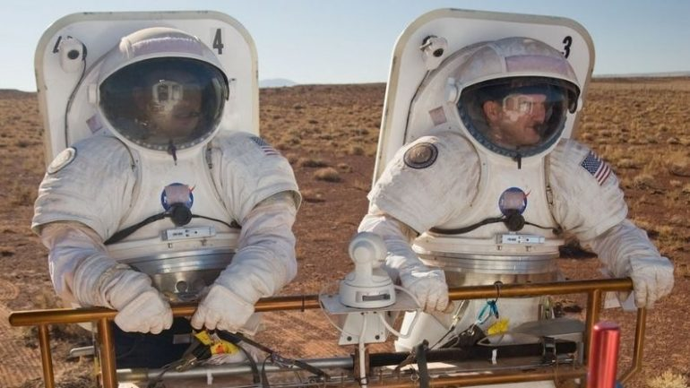 Do you want to travel to Mars too?  NASA offers a special opportunity to search for 'mission' applications, do you know who can apply?     NASA is seeking applications to know the exploratory environment that mimics the Mars mission