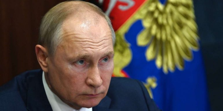 """Vladimir Putin urges action against """"unprecedented"""" natural disasters"""