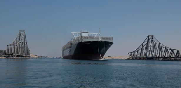 The ever-present ship is blocked by the Suez Canal and sails again 150 days later