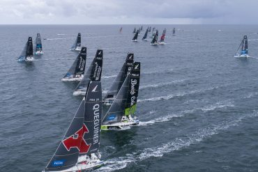 34 sailors at the beginning of the 52nd edition