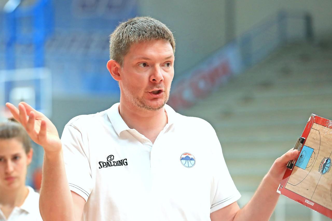 Ženski trener VPV Hubert Schmidt