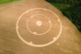 Crop circles: natural phenomenon, myth or man-made?