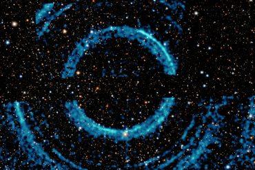 العثور على حلقات شبحية حول ثقب أسود يبعد 7800 سنة ضوئية