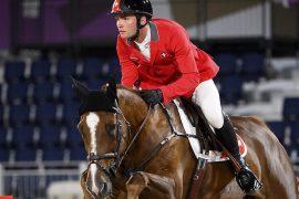Swiss show jumpers in the top ten finals