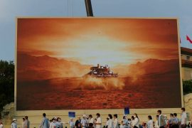 The Chinese soldiers on Mars Rover go to work after completing the initial program