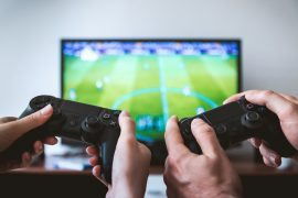 The study says that two hours of video games burn like a thousand ABS