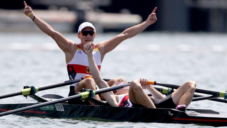 Tokyo 2020: Romelman and Osborne win silver in rowing