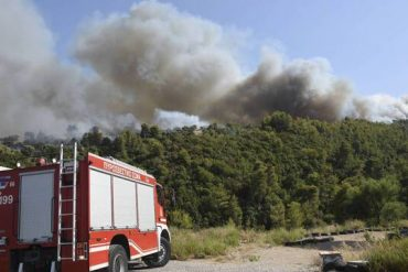 Villages in the Peloponnese evacuated, wounded, and evacuated