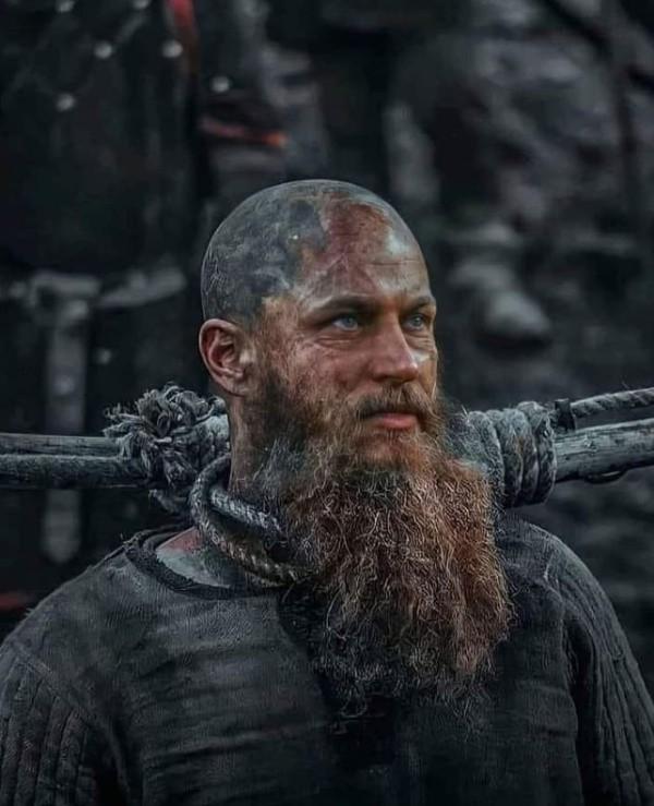 Vikings Travis Fimmel Ragnar Lothbrook