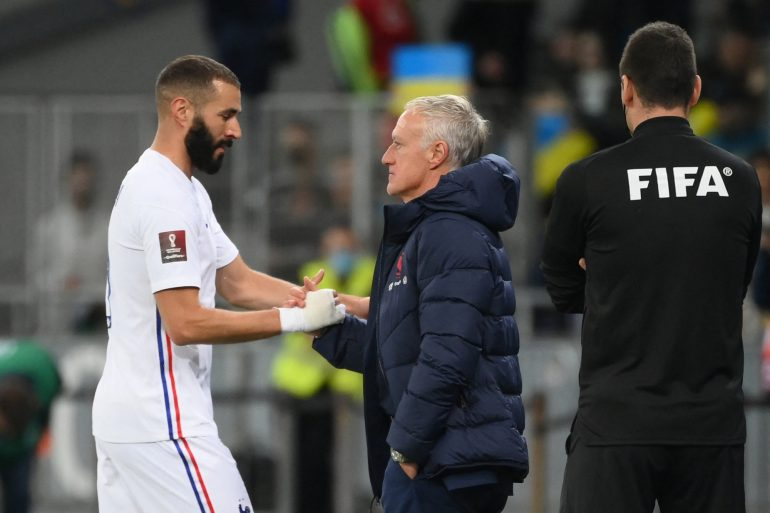 Deschamps establishes a record of consecutive draws and connects to Domenek