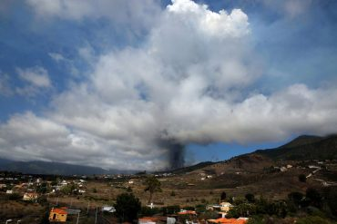 """""""Everything was OK"""": Experts warn of reactivation of La Palma volcano 