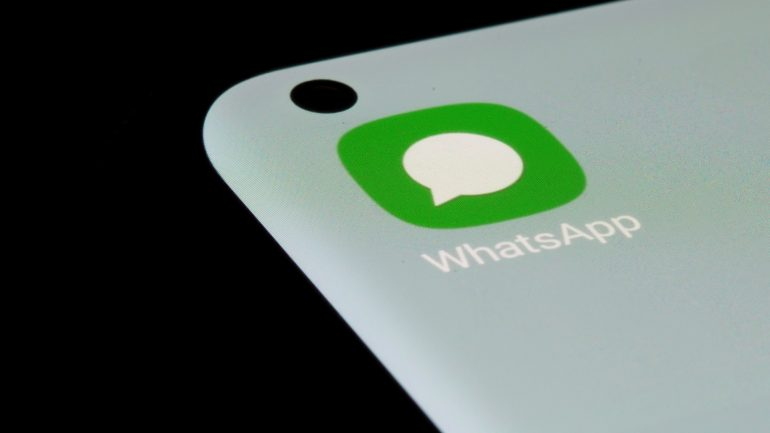 Irish Data Protection Authority: File a fine against WhatsApp