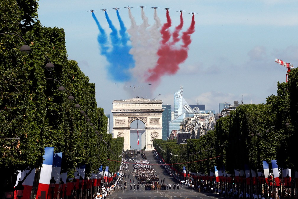 Trump attends military parade in Paris with Macron |  World |  G1