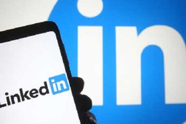 LinkedIn: LinkedIn services will be discontinued in China .. because?