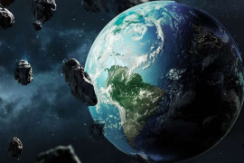 8 Large asteroids move toward Earth.  When do they fly past us?