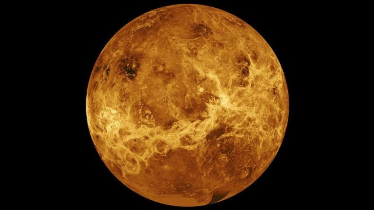 Photosynthesis is possible in the clouds of Venus