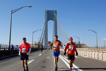 Thousands of foreign runners will not be able to participate as the border is closed